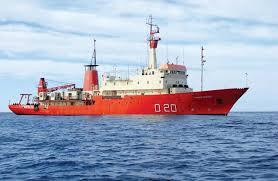 Asistencia Sanitaria del Buque Oceanográfico ARA Puerto Deseado a un Tripulante de un Buque Pesquero Argentino. Ptodeseado